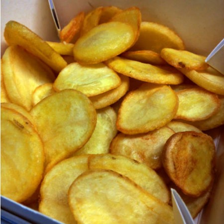 Fried potatoe slices